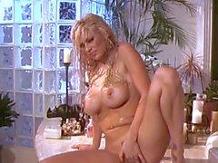 Jenna Jameson masturbates