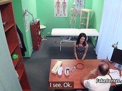 Doktor ofisinde hasta sikikleri