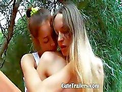 Ivanas orjia lesbo orgasmin ulkopuolella