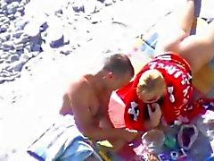 Spiaggia di Nudità - Ragazza bionda oliato & Scopate in