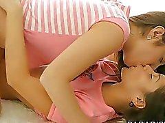 DEL PARAÍSO películas de adolescentes Natural lesbiana Babes