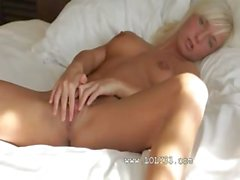 extreme pussy of blonde girl