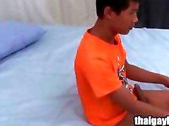 Тайский гей мальчик Достопочтенный на горячий сольный мастурбации