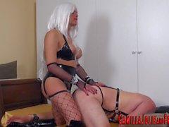BDSM tgirl köle sikikleri
