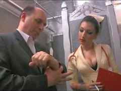 Krankenpflegepersonal Cybill Sutures Schwanz in Fotze