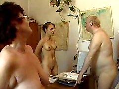 nudisti Office