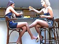lesbians pantyhose play