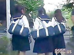 cute écolière à molesté par le bus Geek 02
