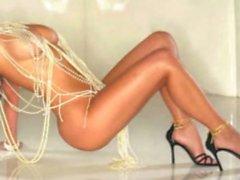 Kim Kardashian a NU ! ( VOIR ABSOLUMENT ! Goo