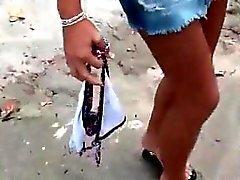 Blondes hottie nehmen Welle nachdem warmer Dusche