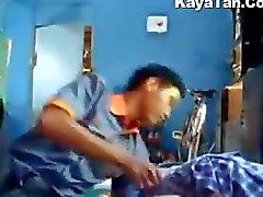 Natulog Sá Pensión en Ginapang de Ang Pinay del