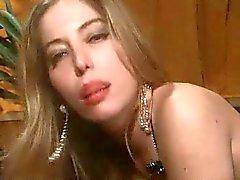 Moana Pozzi en haar Passionate Night van TROC