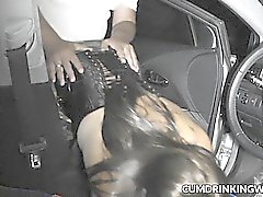 Frau gefickt von Fremden auf Parkplätzen