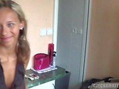 Blonde POV tchèque (HUUU)