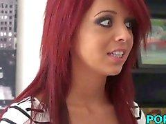 Zelfgemaakte porno met een hete redhead