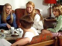 Schulmädchen berichtsinternen elf (1976)