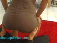 Amatör exotiska dam lapdances och gör BJ