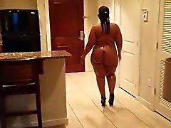Hot Big Butt BBW Bare Everywhere
