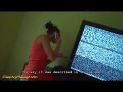 Mechanic reçoit un massage de la Nuru glissante