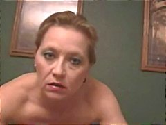 Sexy roughtalking cougar roken sex