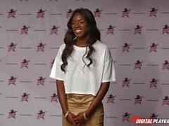 DP Star 3 - Hot Ebony Ancienne modèle Ana Foxxx Deep Throat Blowjob