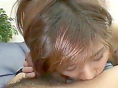 Nene Shizuki on sekaisin suun ja Cooter