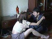 Frère et la sœur alcool au maison L'inceste
