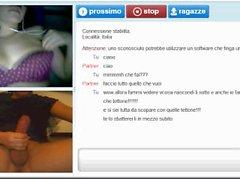 """Ragazza italiana fa la troia """"bir meta"""" chiudendo la chat ...."""