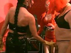 2 Mistress kullanım köle