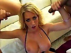 Blondine Häschen Schlampe bekommt 3 black cock Besamung Gesichts