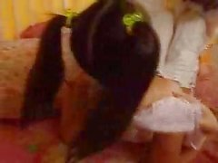 Everlyn Lin Kinderbetreuer Durchgefickt