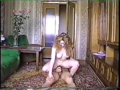 Um casal tira seu sexo em vídeo