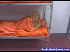 Prisão Slutty Whore Boquetes Garganta Profunda