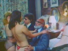 Saten Süit (1979)