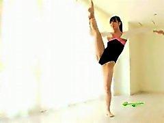 naked rythmic gymnastic