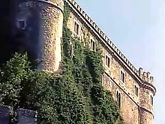 Vacanza un'orgia sesso nel un castello