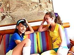 Com meu amigo - Lorena & isabe