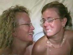 Große Brüste mollig Amateur Freundin anal Gangbang mit Gesicht