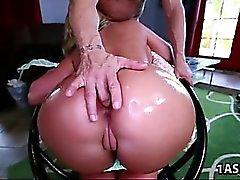 Big ass Phoenix Marie får vissa kuk