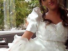Hitchhiking bride fucks her driver
