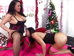 Jasmine Jae strapon action