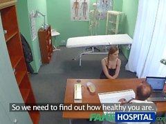 FakeHospital Doktor o sıcak hastadan ne istediğini sadece alır