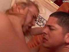 Young pornstar bj