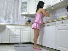 coño embarazado en la cocina