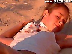 Natasha russisch tiener met roze