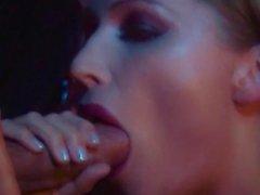 Вампира LUST - хардкорный порно музыкального видео Goth промасленный танцев
