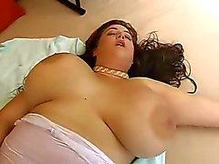 Eden Mor Orgazm