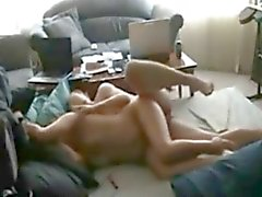 Wife bruyant sur Hidden Cam