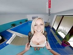 RealityLovers VR - Micas Pornstars Mansion Ep 3
