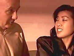 Slut asiatiques Takes vieillard